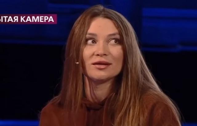 Яна Казанцева обманывает всех