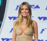 Кэти Перри и Хайди Клум оголились на церемонии MTV Video Music Awards