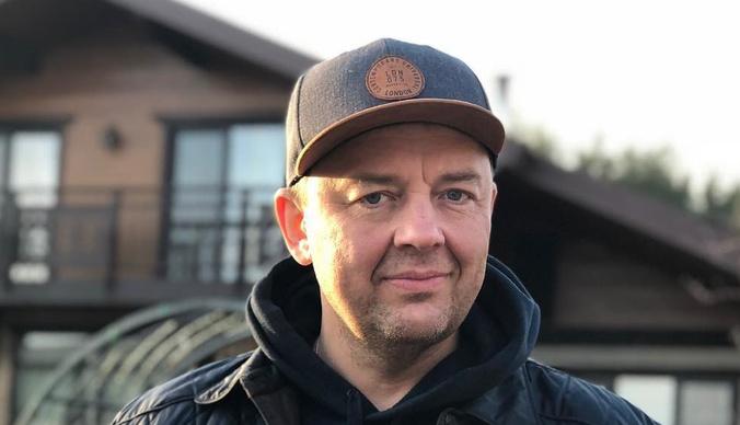 Сергей Нетиевский прокомментировал отказ «Уральских пельменей» от суда