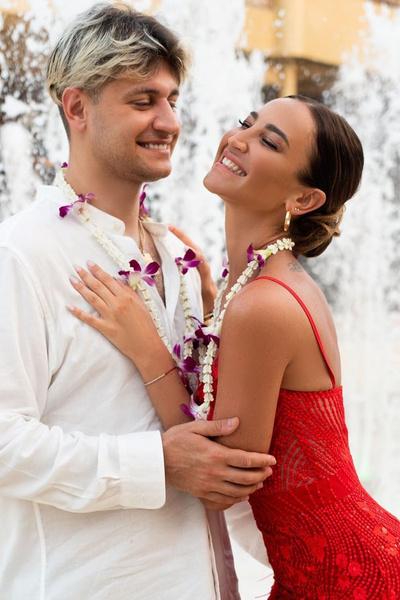 Сейчас влюбленные регулярно намекают на скорую свадьбу