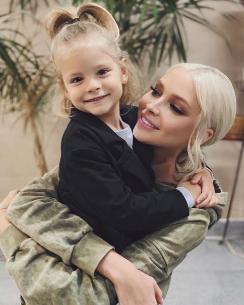Алена Шишкова: «Делаю все, чтобы дочь росла в адекватной обстановке»