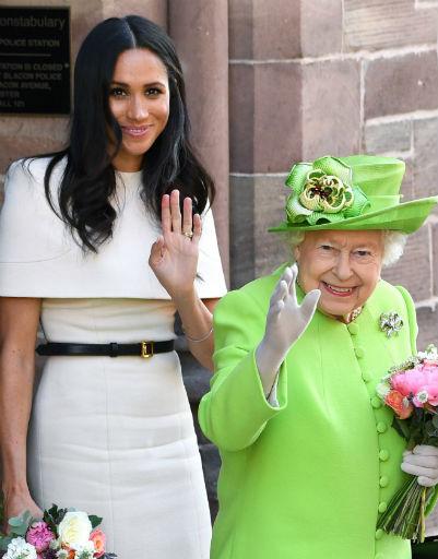 Перед обаянием бывшей актрисы не устояла даже королева Елизавета II