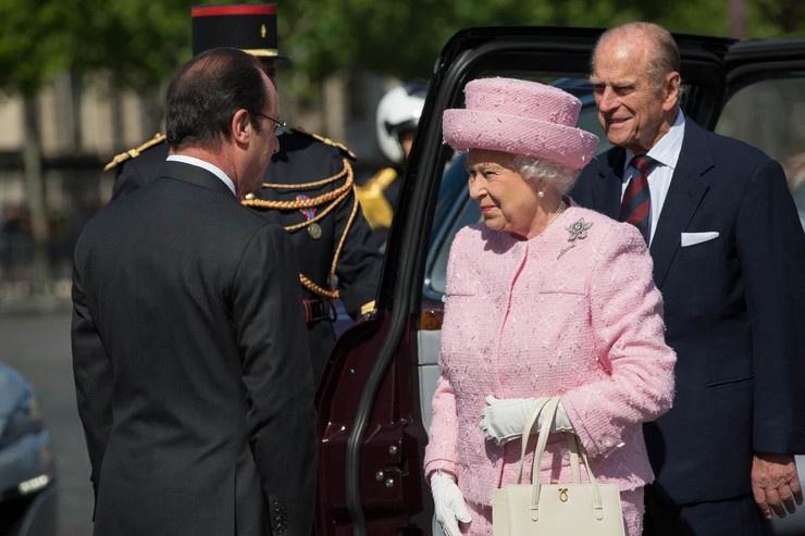 Королева сообщила о смерти супруга
