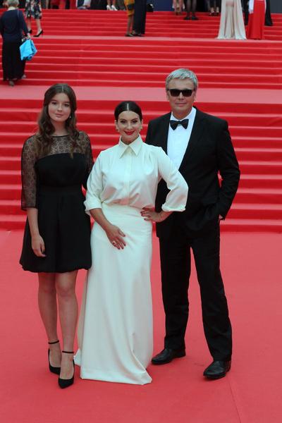 Саша Стриженова с родителями