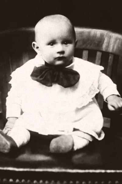 Лев Яшин родился в Москве в рабочей семье