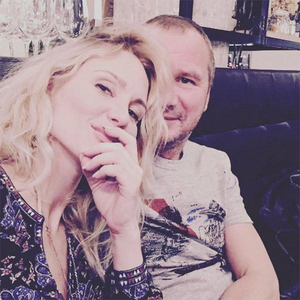 Совместный снимок с мужчиной Катя Гордон оставила без комментария