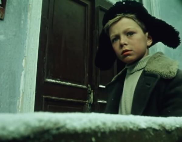 Митя постарается всем доказать, что слепил из снега девочку
