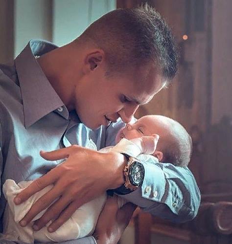 Тарасов и Костенко крестили дочь