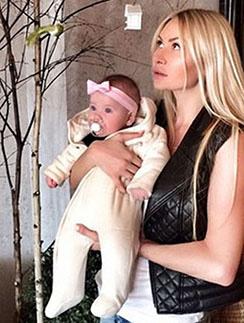 Элина Камирен с дочкой Александрой