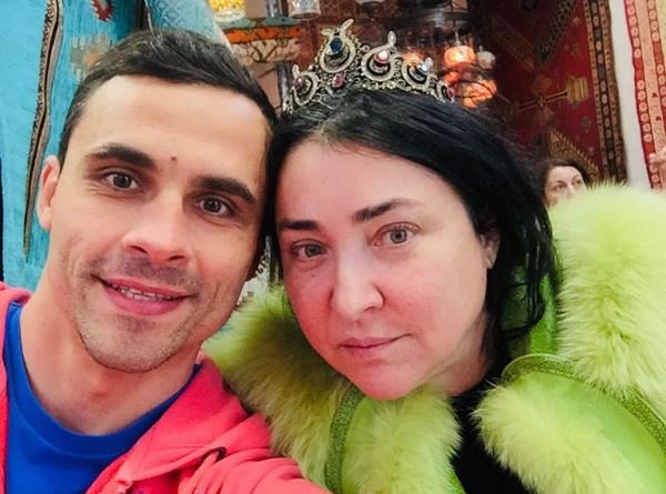 Дмитрий любил Лолиту Милявскую