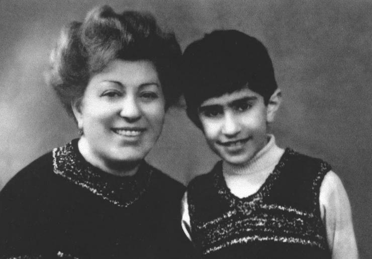 Мама всегда поддерживала Николая