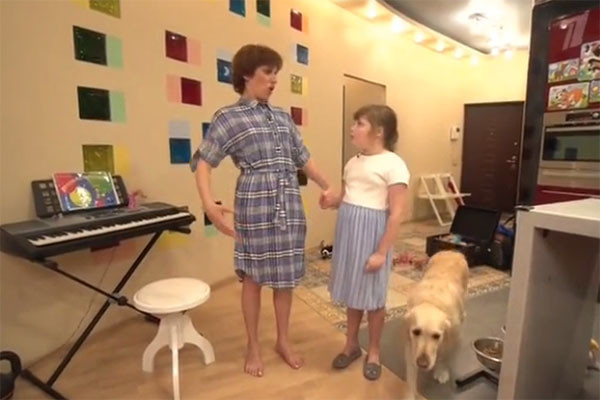 Светлана и Саша прочитали по ролям «Сказку о глупом Мышонке»