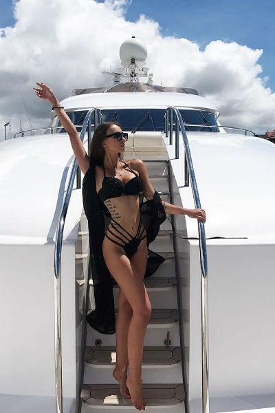 Лера провела несколько недель на Сейшельских островах ради съемок