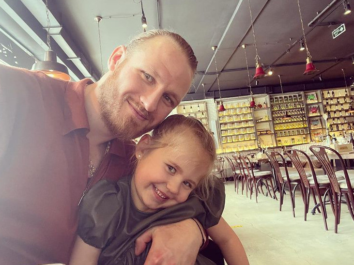 Свежее фото Ивана с дочкой умилило фанатов
