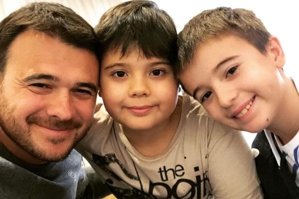 Эмин Агаларов с сыновьями