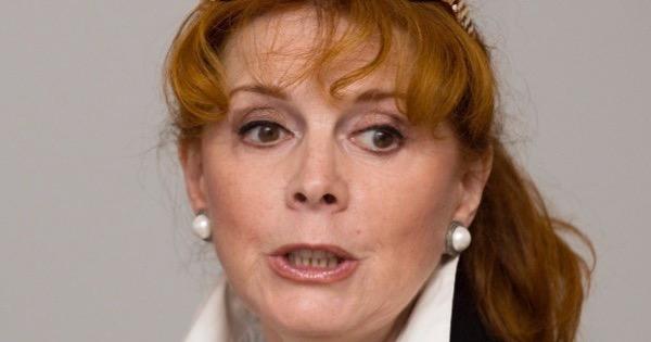 Клара Новикова: «Мне казалось, что муж меня предал»