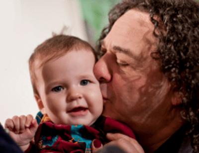 Игорь Саруханов показал девятимесячную дочь
