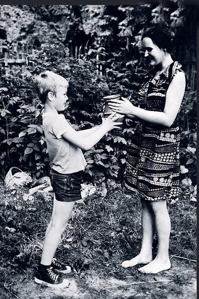 Елена обожала брата Александра