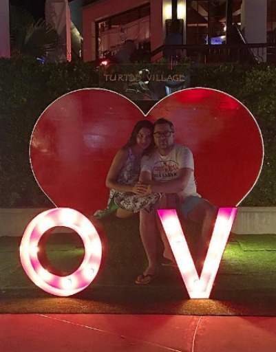 Алексей Рыжов с супругой наслаждаются романтикой