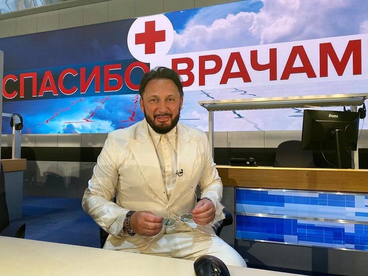 Стас Михайлов поблагодарил медиков