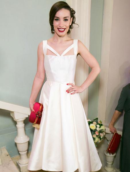 Виктория Дайнеко в белом платье
