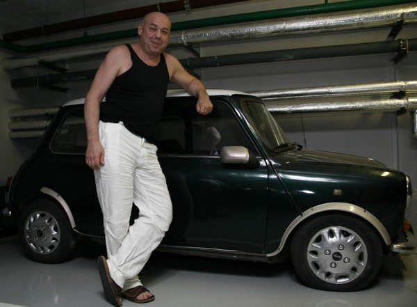 Виктор Соловьев любит машины