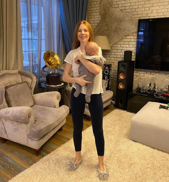 Наталья Подольская с младшим сыном Ваней