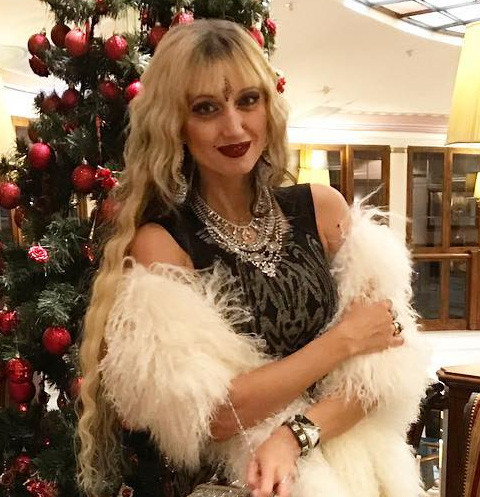 Лама Сафонова