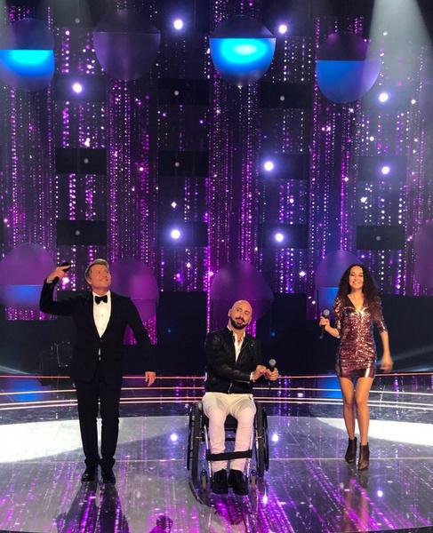 Николай с конкурсантами шоу