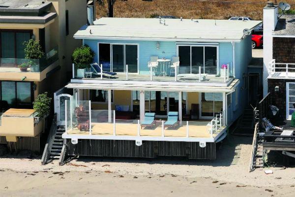 У актера есть пять особняков, квартира в Нью-Йорке и остров в Белизе
