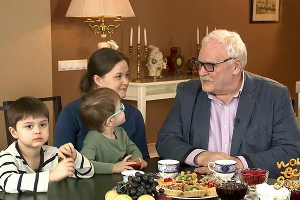 После смерти жены Борис Георгиевич сблизился с дочерью, а впоследствии стал и прекрасным дедушкой