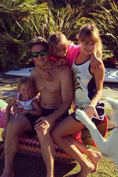 Наталья и ее супруг воспитывают двух дочерей