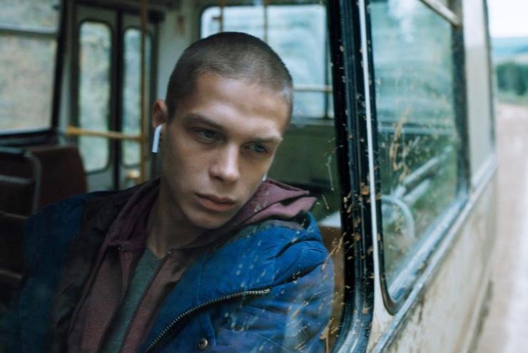 Глеб Калюжный: «Много раз сталкивался с травлей в школе, поэтому снялся в сериале «Новенький»