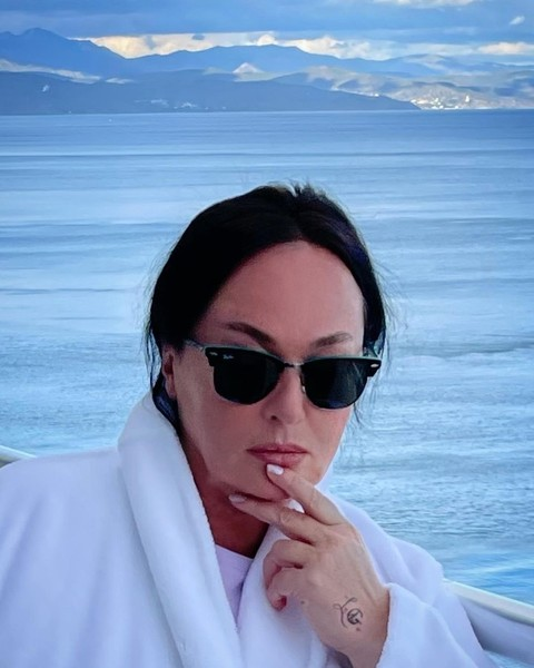 Еще 20 сентября артистка отдыхала в Крыму