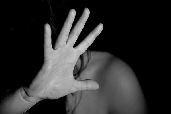Выпускницы утверждают, что директор и замдиректора насиловали подопечных