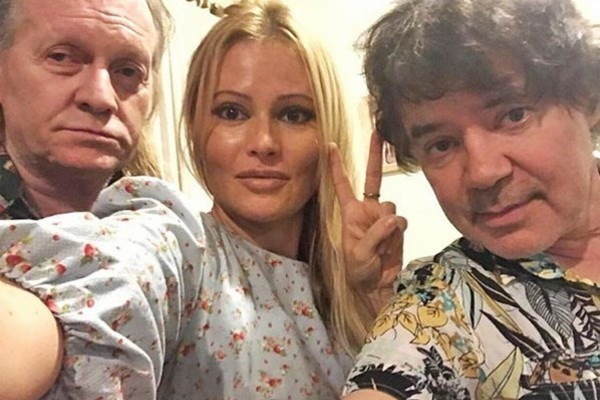 Крис Кельми проходил реабилитацию в Таиланде с Даной Борисовой и Евгением Осиным