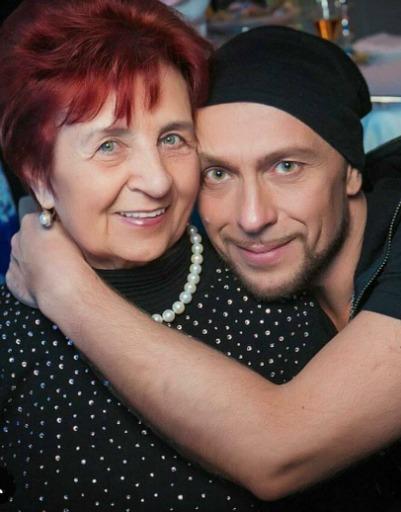 Игорь Гуляев с мамой