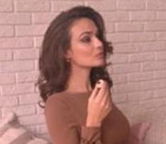 Алена Водонаева стала лицом шоколадного бренда