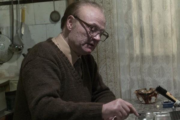 Сериал точно копирует обстановку советских квартир