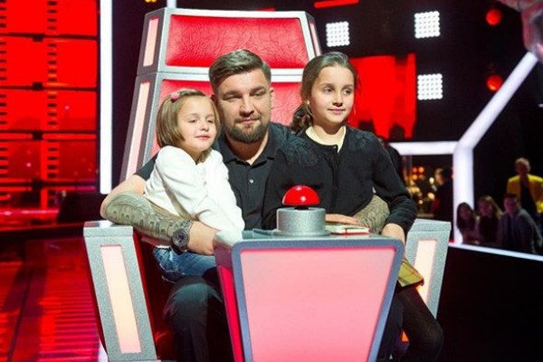 Рэпер с дочками