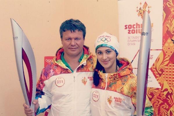 Олег Тактаров участвовал в Эстафете Олимпийского огня «Сочи-2014»