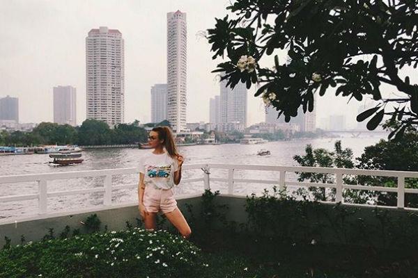 Алена наслаждается отдыхом в Таиланде