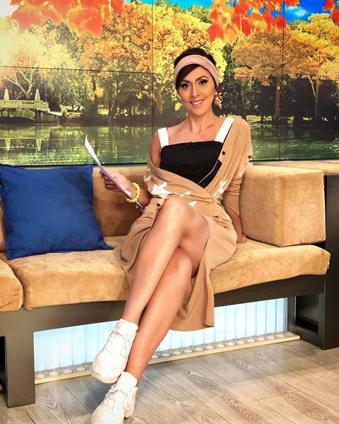 Екатерина ведет авторскую рубрику «Это кино» на Первом канале