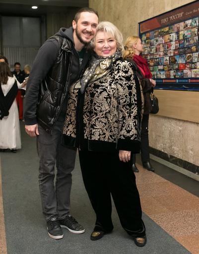 Татьяна Анатольевна с одним с фигуристом Максимом Траньковым