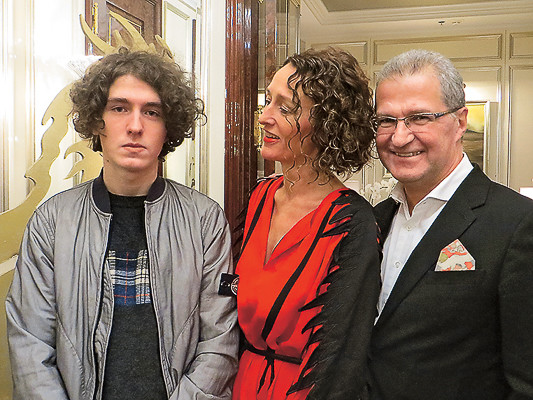 Ману, Анна и Пьер Броше