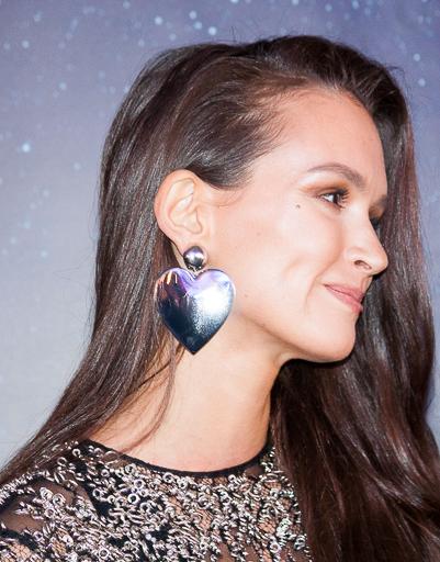Паулина Андреева смотрела на Федора влюбленным взглядом