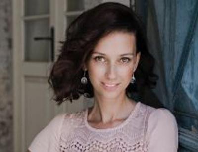 Анастасия Цветаева празднует новоселье в Израиле