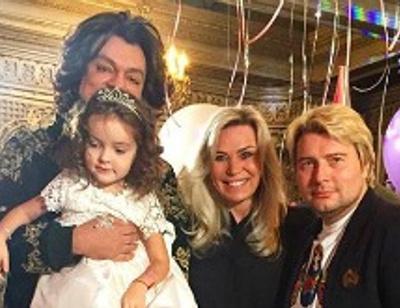 Праздник Короля: подарки для дочери Киркорова и подросшая наследница Пугачевой