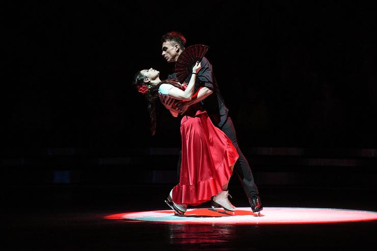 Влад Топалов и Елена Ильиных