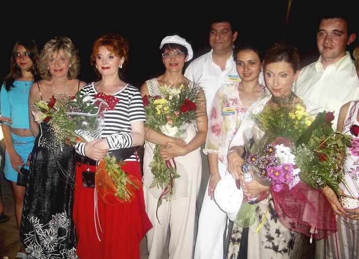 Не все артисты «Аншлага» радушно приняли Светлану Рожкову в свои ряды